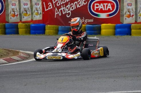 max verstappen KZ-CIK-FIA-World-Karting-Championship-KZ-Varennes-2013 rennes photo IMGP2882